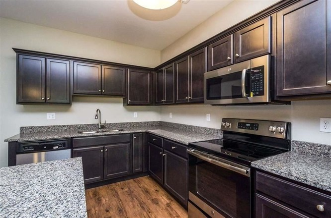 4-Bedroom House In West Coralville