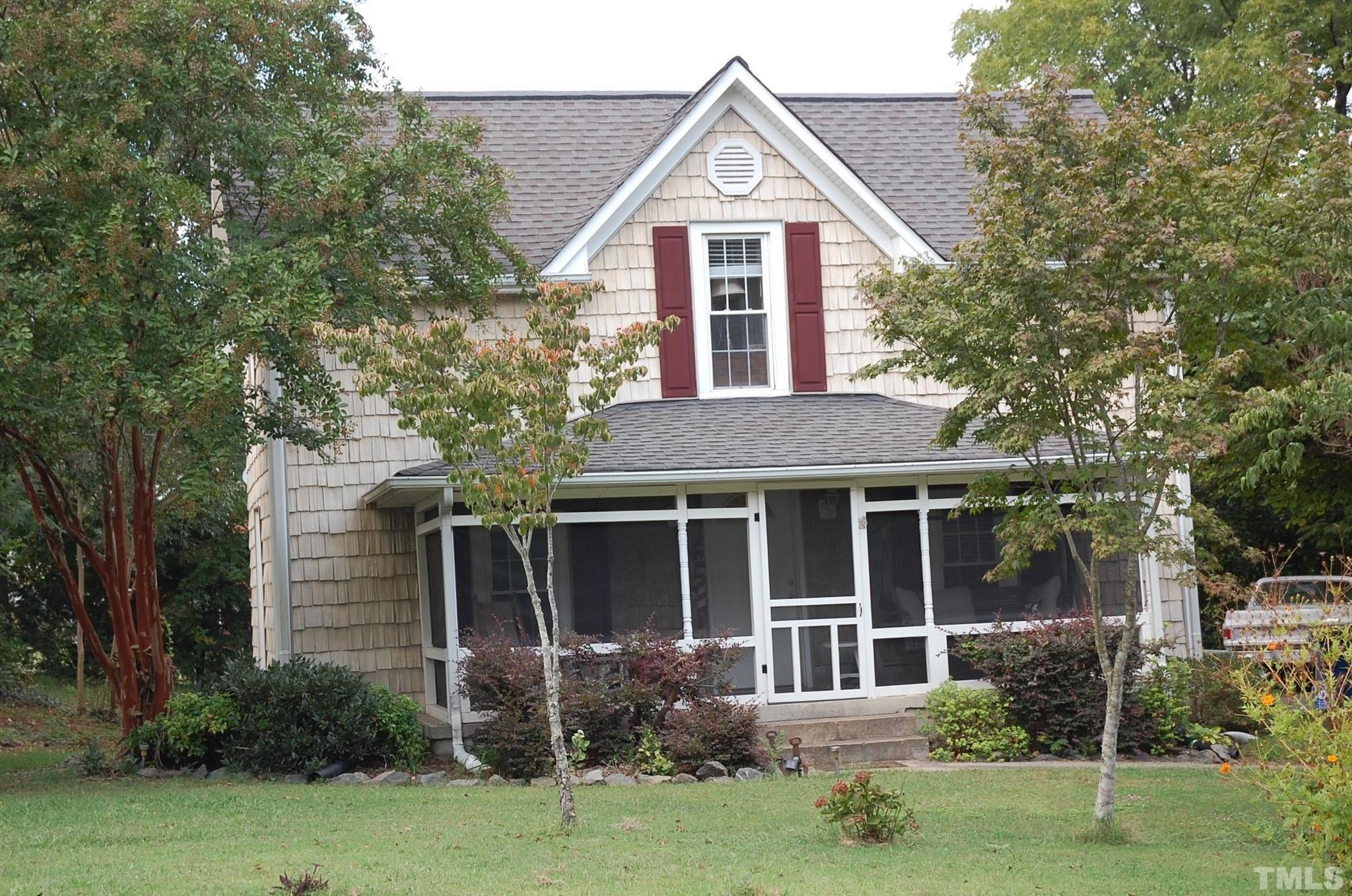 3-Bedroom House In Downtown Gisbsonville