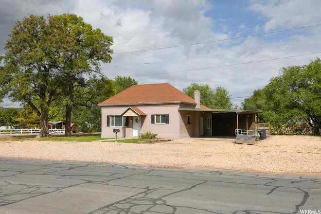 Updated 2-Bedroom House In Nephi