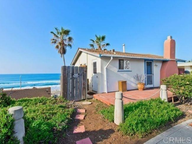 2-Story House In Downtown Oceanside