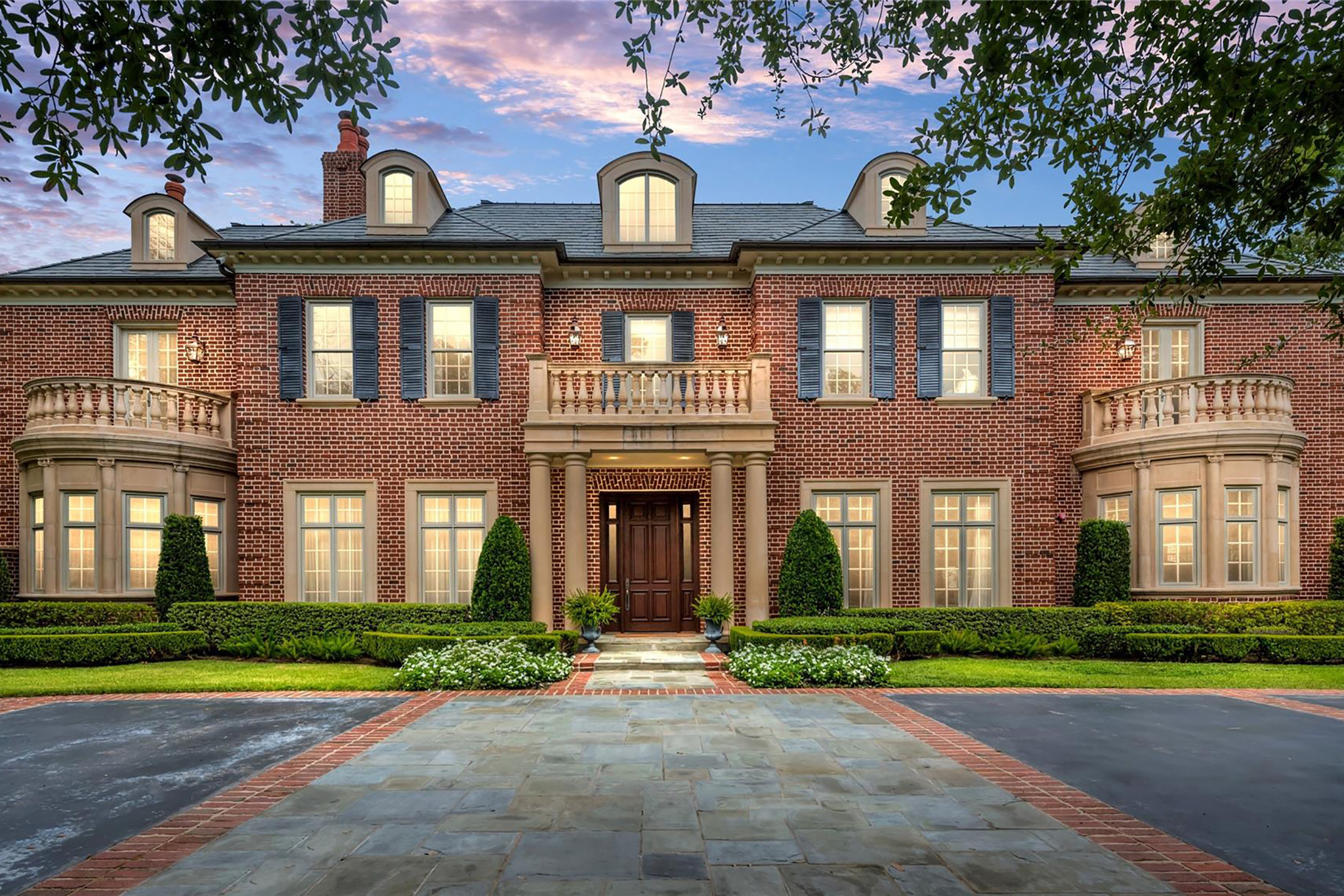 5-Bedroom House In Piney Point Village