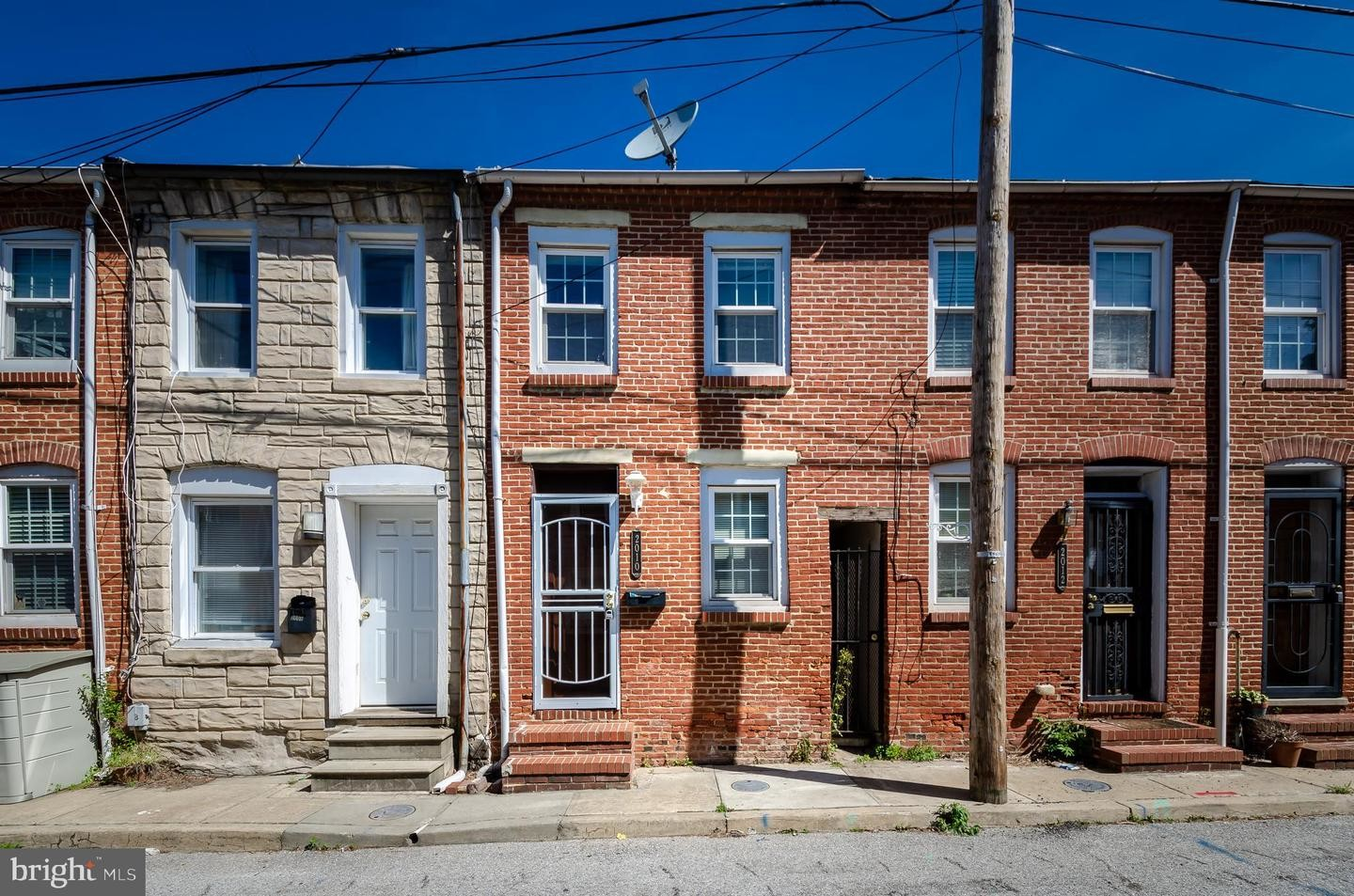 Updated 2-Bedroom House In Upper Fells Point