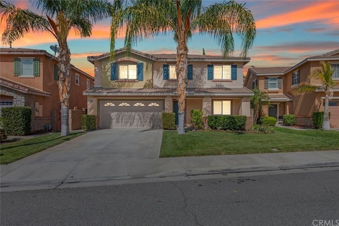 2-Story House In Lake Elsinore Hills District