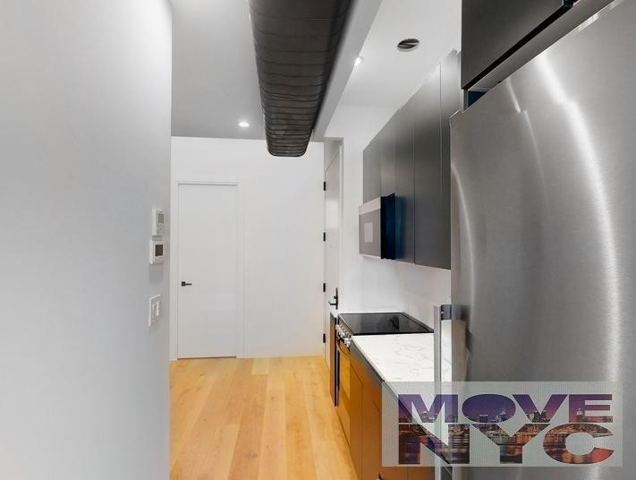 Renovated 2-Bedroom House In Bowery