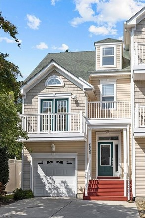 4-Bedroom Townhouse In Chic S Beach