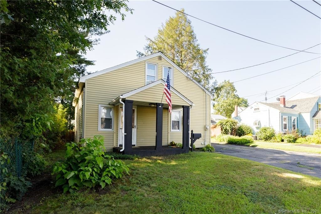 Remodeled 3-Bedroom House In Plainville
