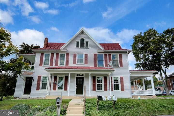 Updated 2-Bedroom House In New Bloomfield