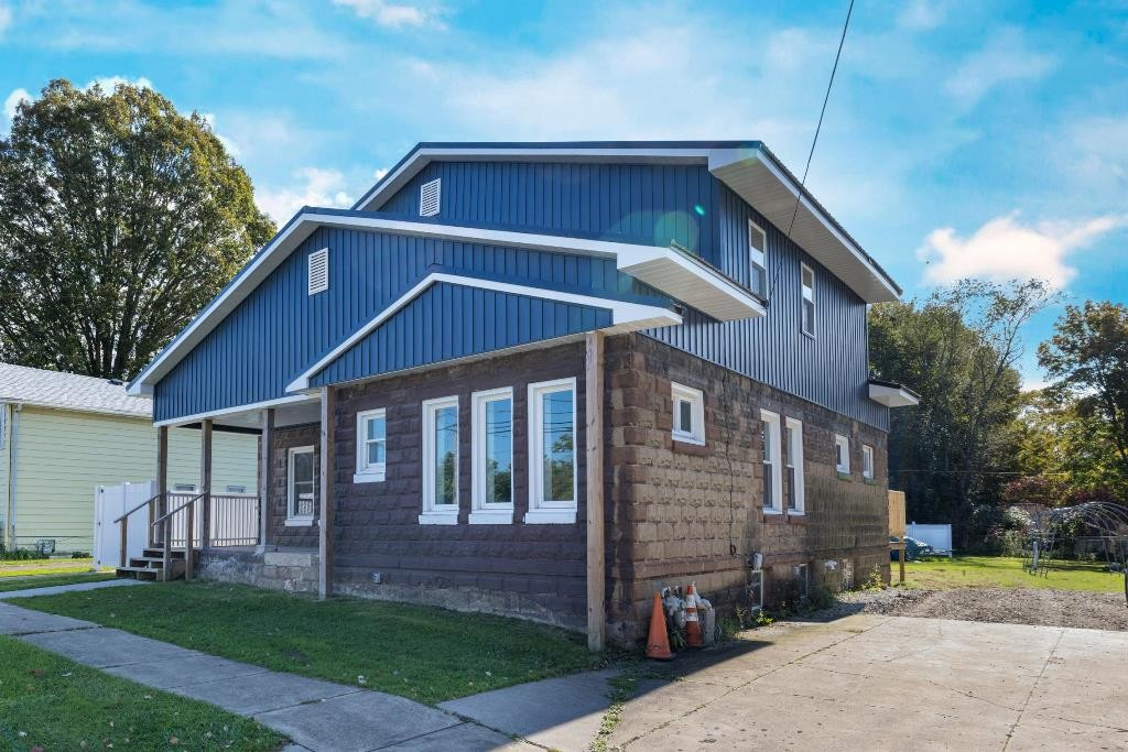 Renovated 4-Bedroom House In Waterford