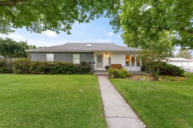 Updated 4-Bedroom House In Richland