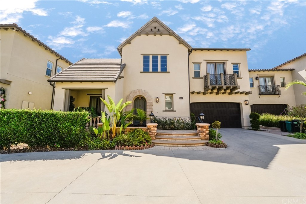 Upgraded 5-Bedroom House In Azusa