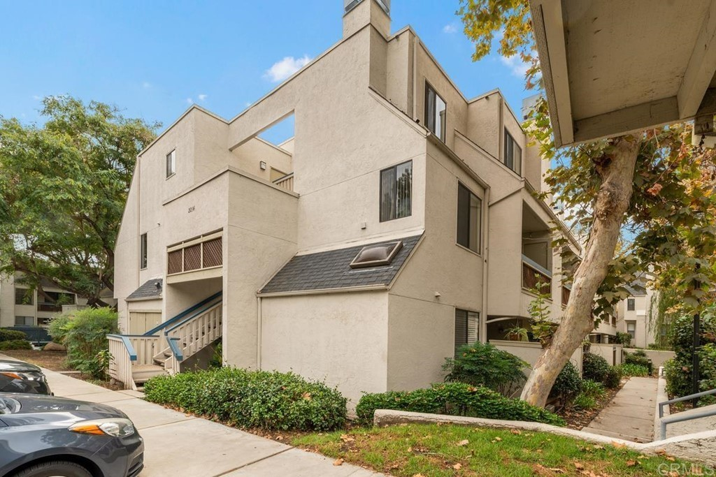 Upgraded 2-Bedroom Condo In Mission Valley