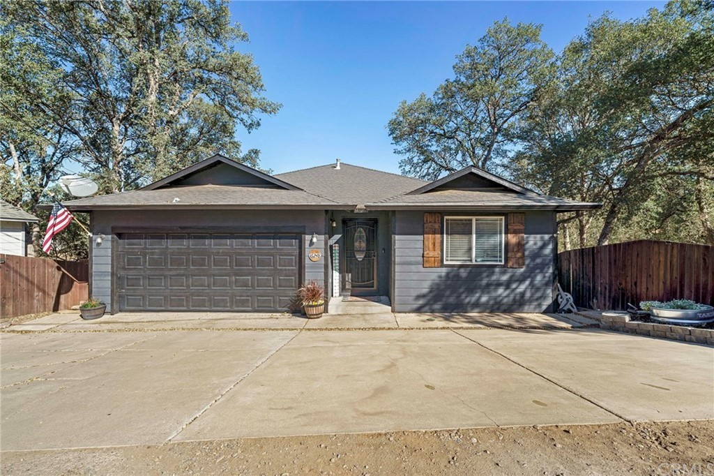 Remodeled 4-Bedroom House In Clearlake Highlands