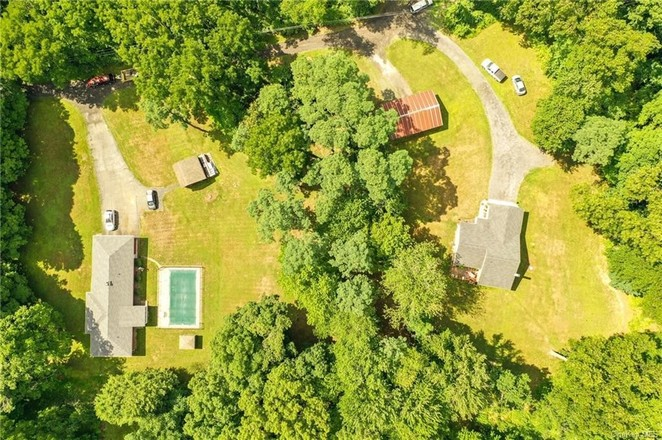 Updated 3-Bedroom House In Rhinebeck