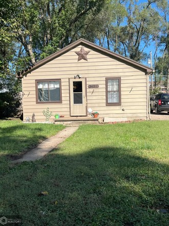 3-Bedroom House In Fort Madison