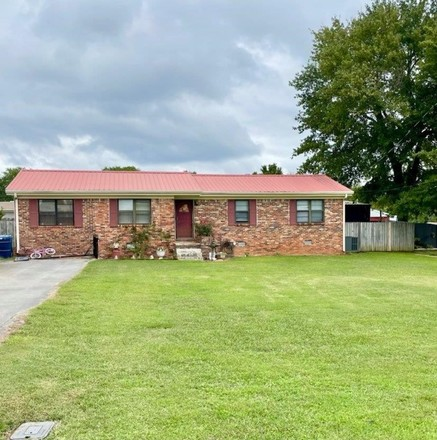 4-Bedroom House In Russellville