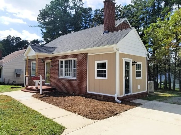 Refinished 4-Bedroom House In Chase City