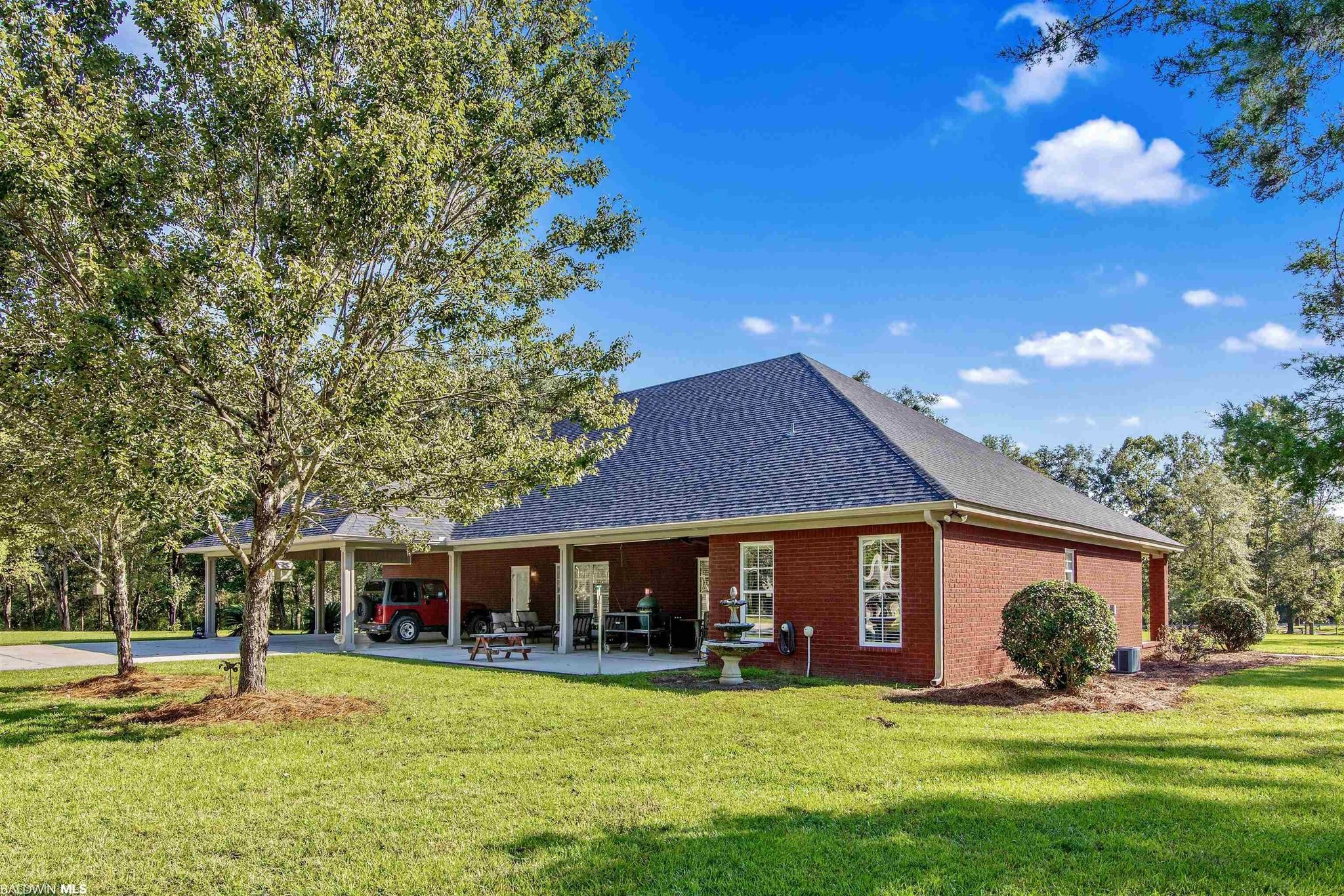 3-Bedroom House In Loxley