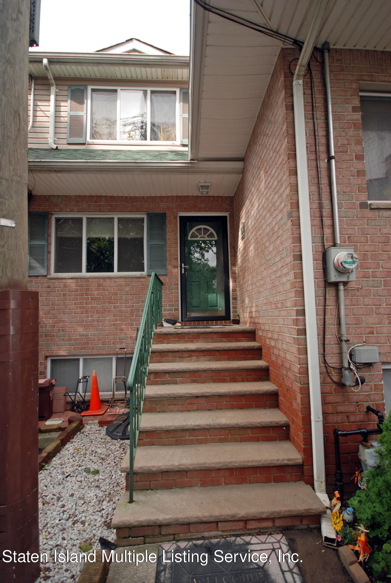 3-Bedroom Townhouse In Port Richmond