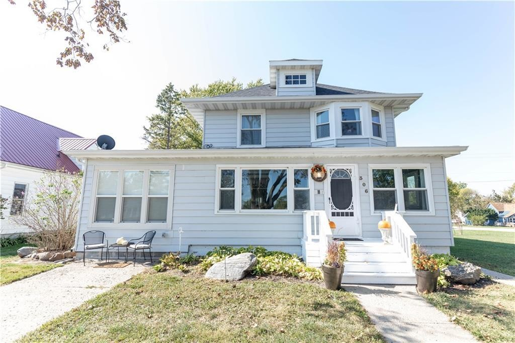 Updated 3-Bedroom House In Woodward