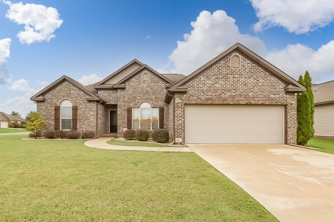 1-Story House In Clear Creek Colony