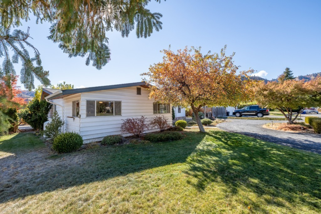 Refinished 4-Bedroom House In Viewcrest