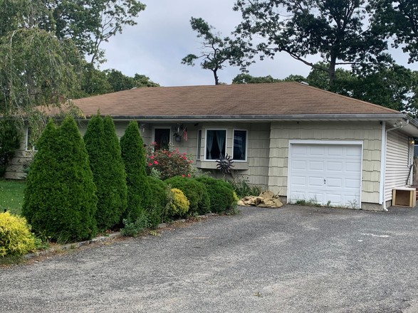 3-Bedroom House In Shirley