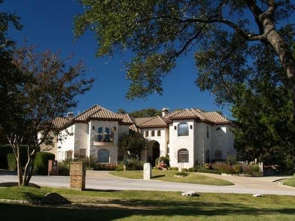 Luxurious 3-Bedroom House In The Hills Of Lakeway