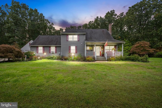 Updated 4-Bedroom House In Williamstown