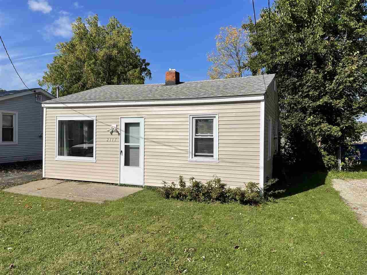Updated 2-Bedroom House In Durant Heights