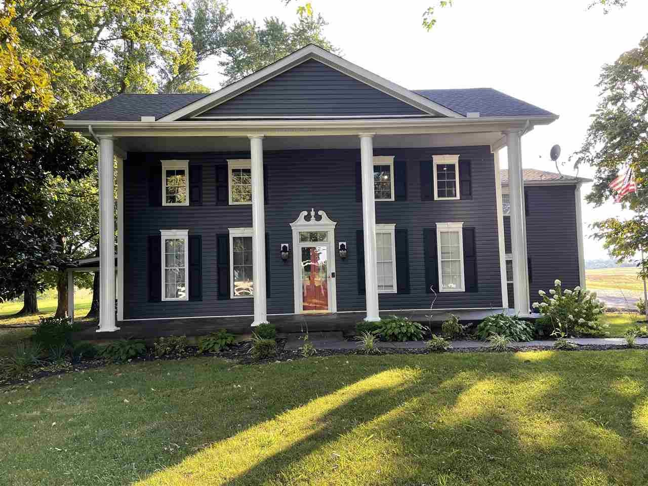 Remodeled 5-Bedroom House In Bowling Green
