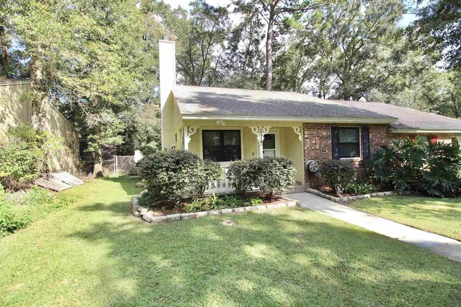 1-Story Townhouse In Hartsfield Woods