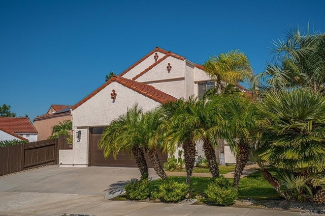 2-Story House In East Chula Vista