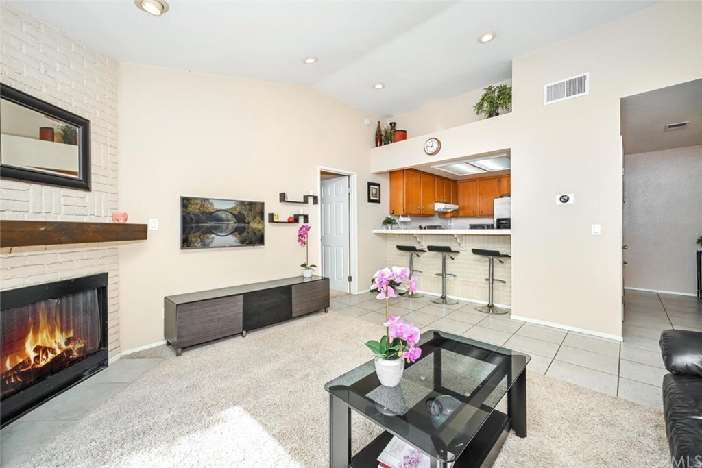 Remodeled 1-Bedroom Condo In West Anaheim