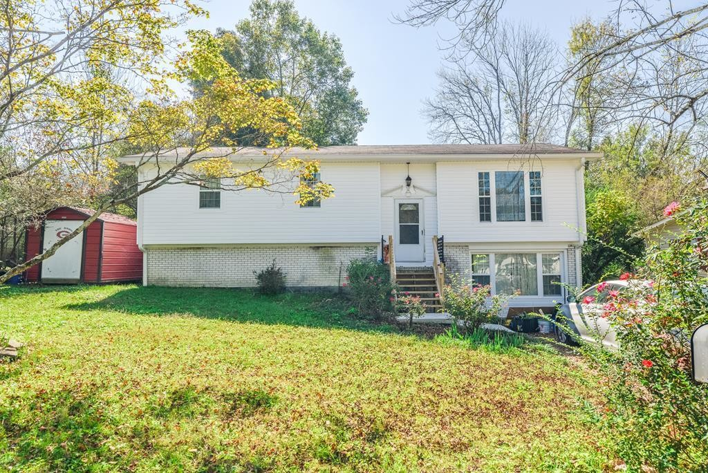 Updated 4-Bedroom House In Wood Park