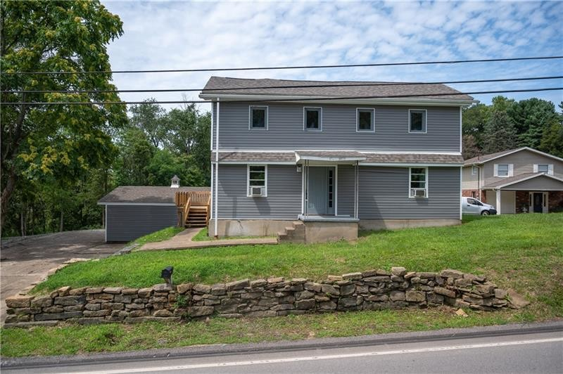 Renovated 3-Bedroom House In Rochester