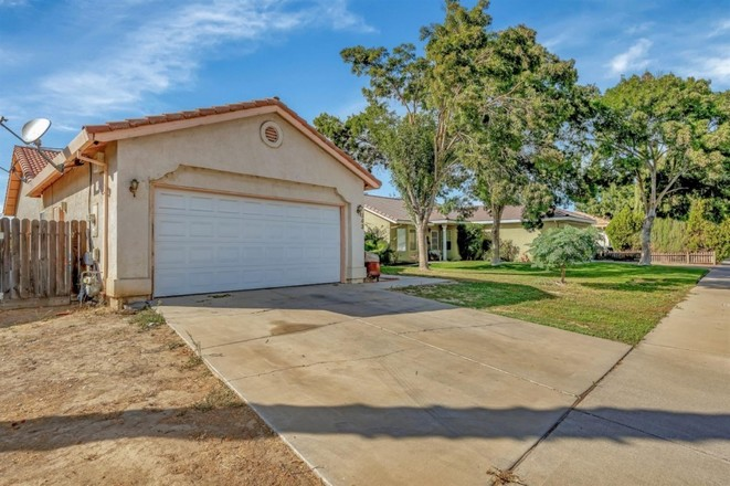 1-Story House In Los Banos