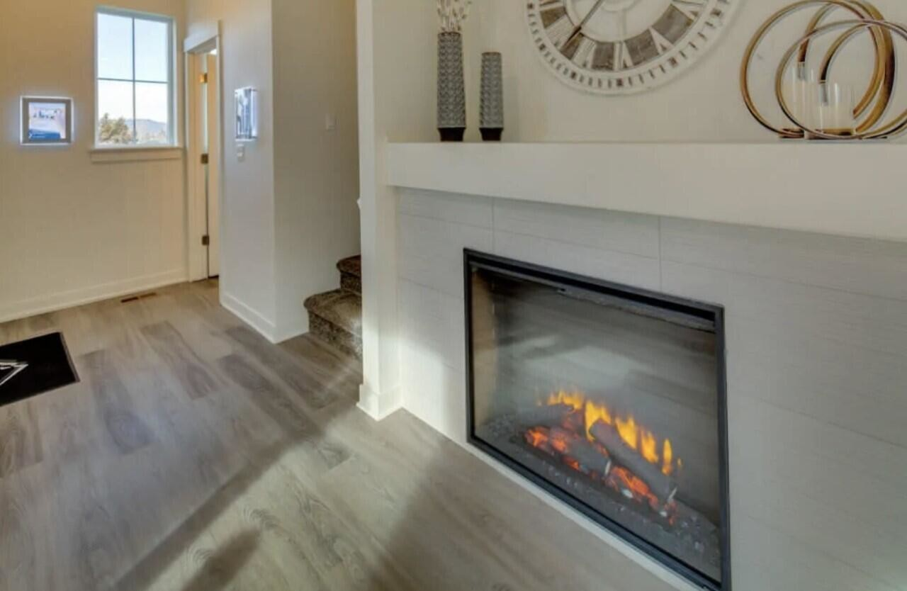 3-Bedroom Townhouse In Old Farm District