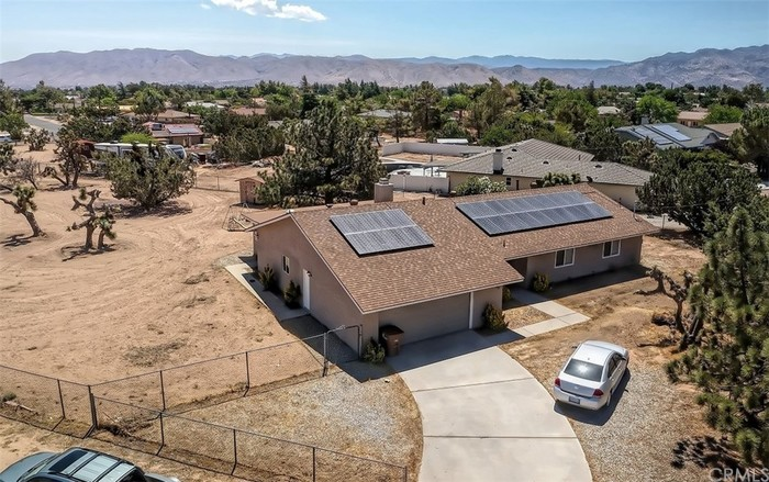 Remodeled 4-Bedroom House In The Mesa