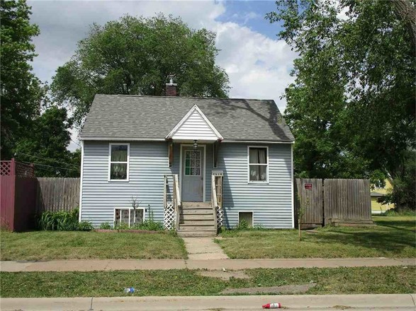 2-Bedroom House In Neighbors For Life