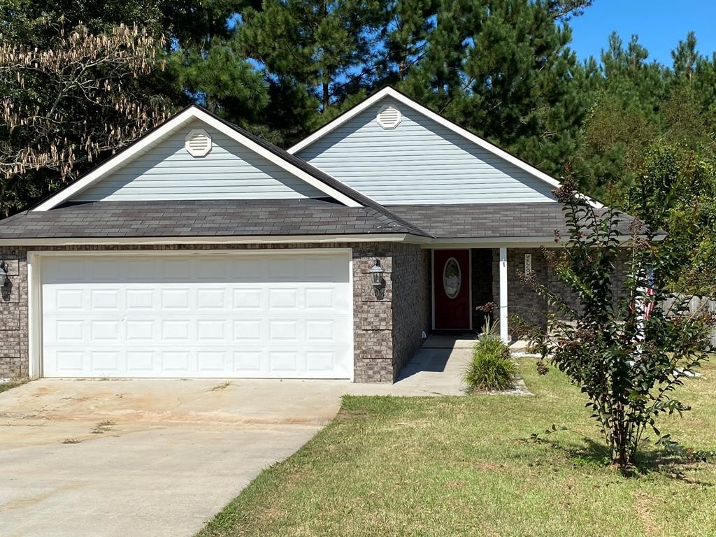 3-Bedroom House In Grove Pointe