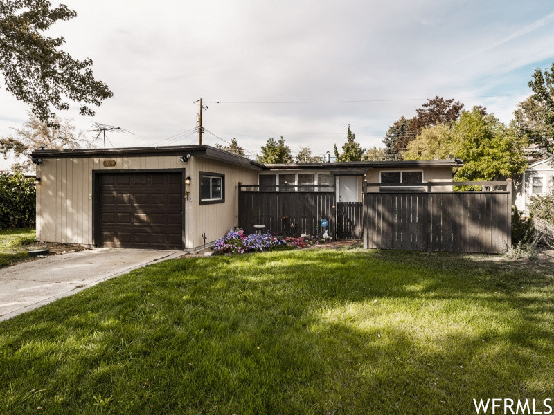 Updated 3-Bedroom House In North Cottonwood Heights