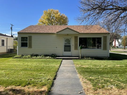 Remodeled 3-Bedroom House In Miles City