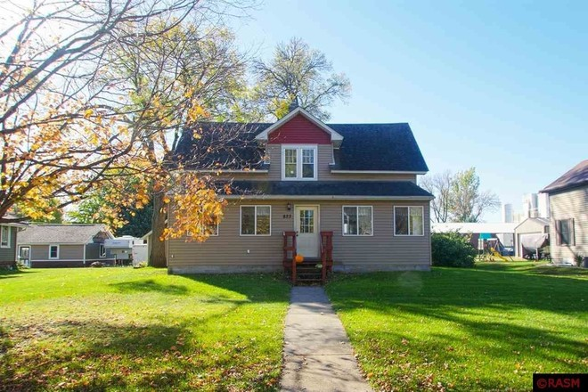 Refinished 3-Bedroom House In Nicollet