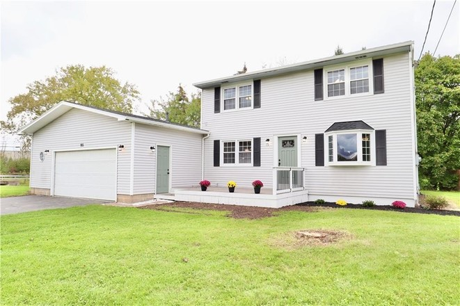 Renovated 4-Bedroom House In Mapledale