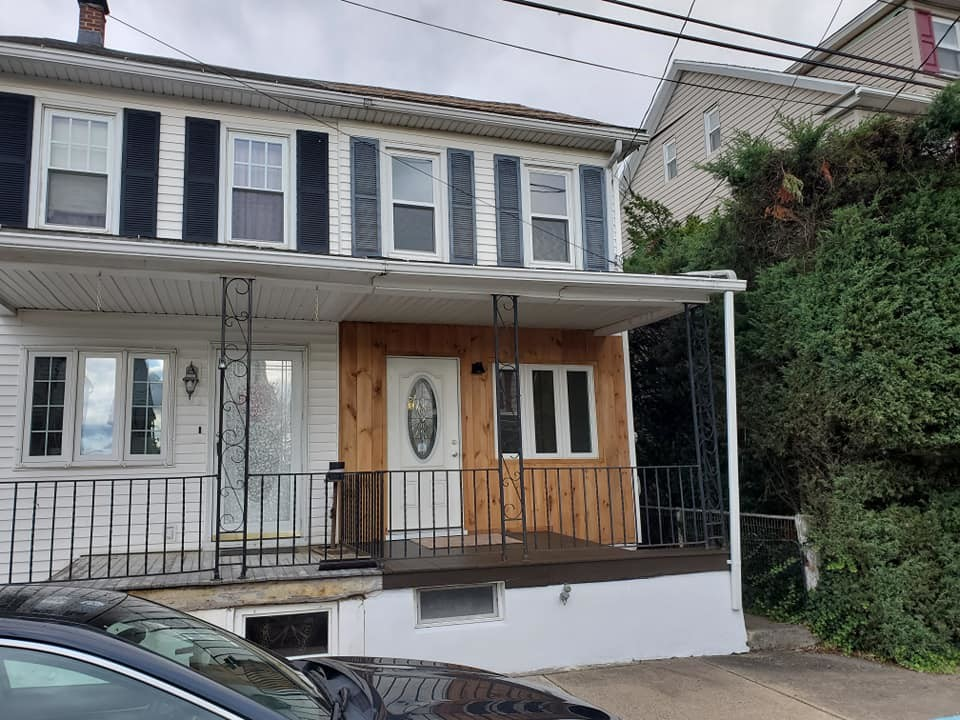 Remodeled 3-Bedroom House In Marion Heights
