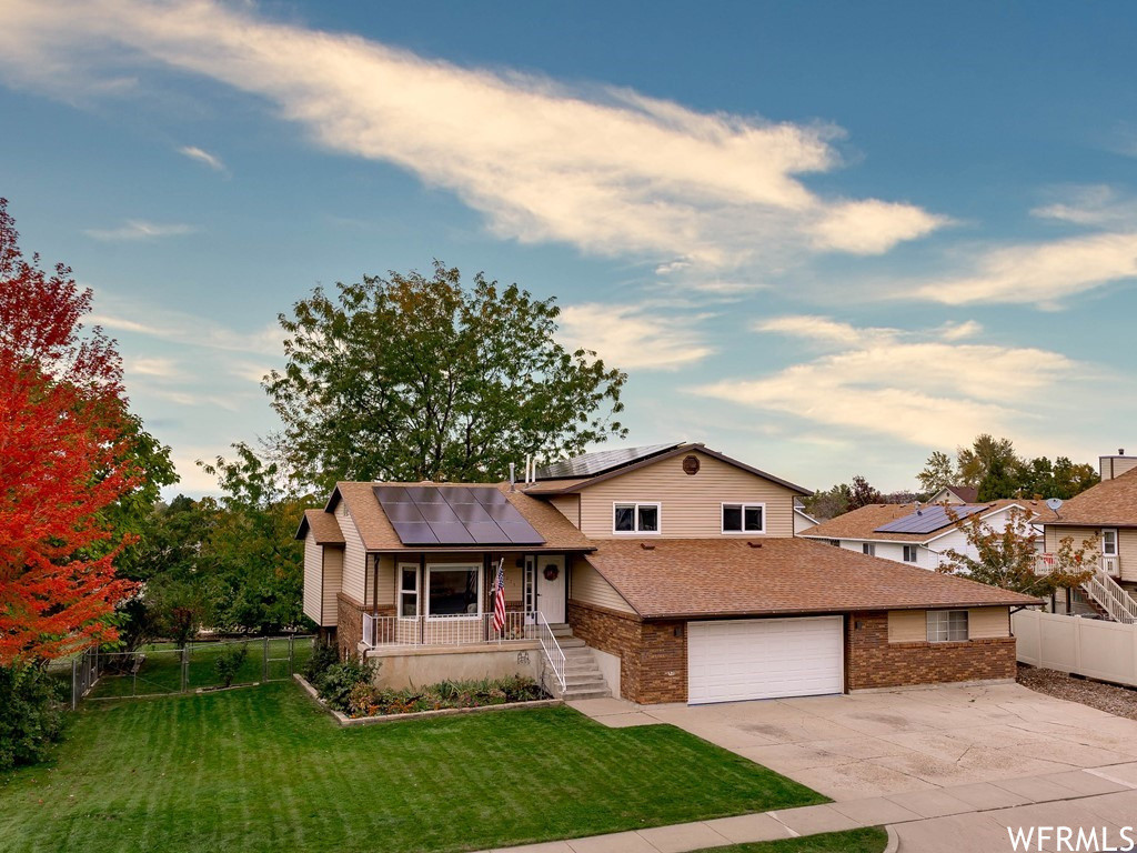 Renovated 5-Bedroom House In Layton