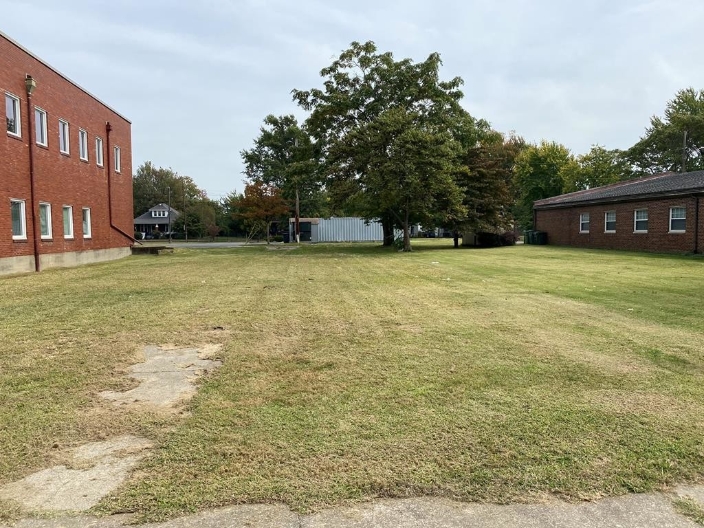 Lot In Old Owensboro