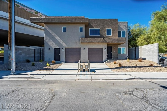 Downtown Multi-Family Home With Upgrades