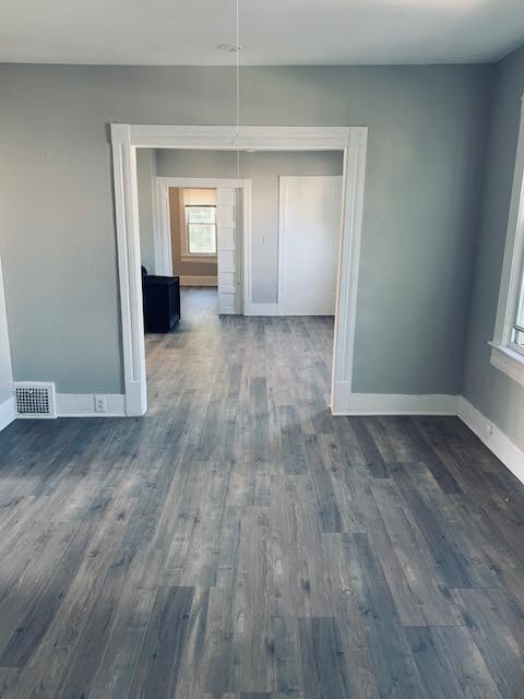 Updated 2-Bedroom House In Brooklyn Centre