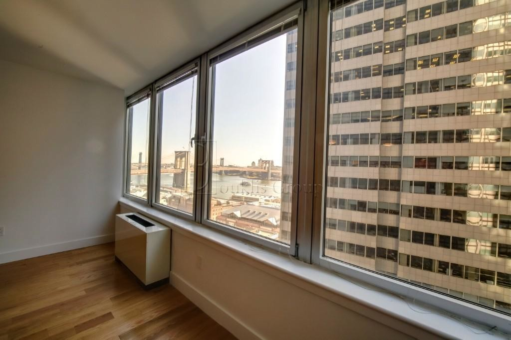 1-Bedroom House In Financial District